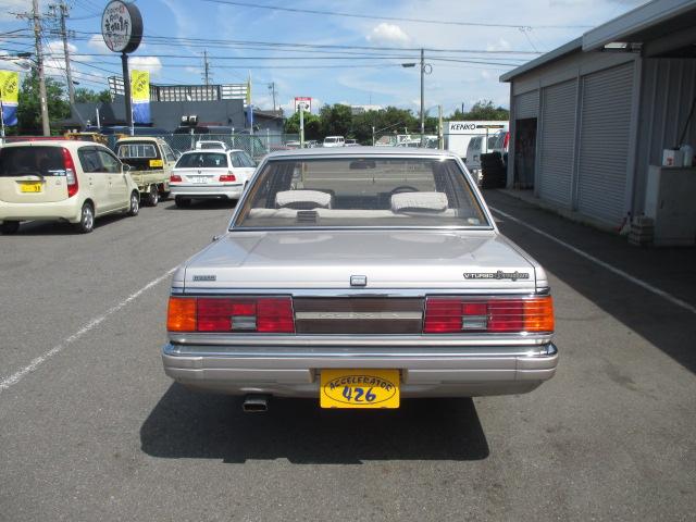 S59年 グロリア4D