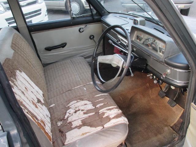 S40年 ダットサンブルーバード