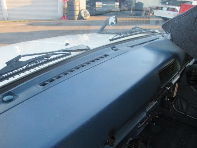 S57年 ダットサントラック