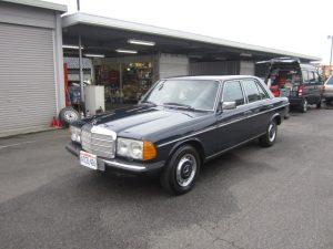 1977年 ベンツ 300D
